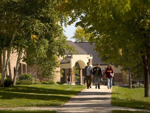 University of Minnesota Crookston Top Bachelors in Healthcare Administration Online